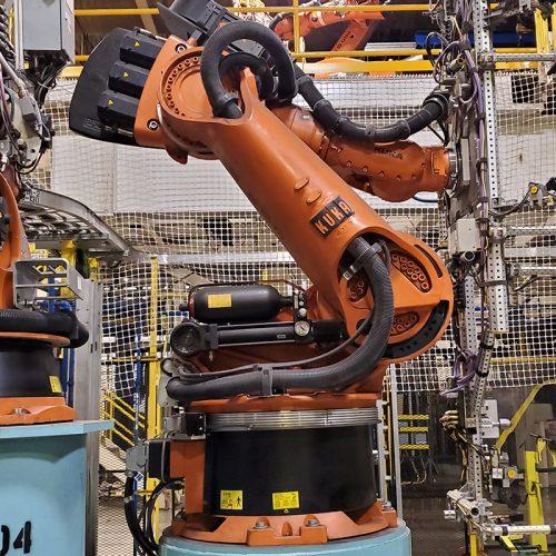 Kuka KR360 robot