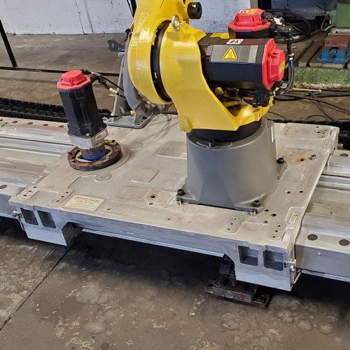 Fanuc RTU-1000 Linear Rail