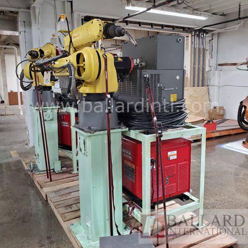 Fanuc ArcMate-120iC-3 robots